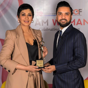 Sonali-Bendre-Awarded-I-Am-